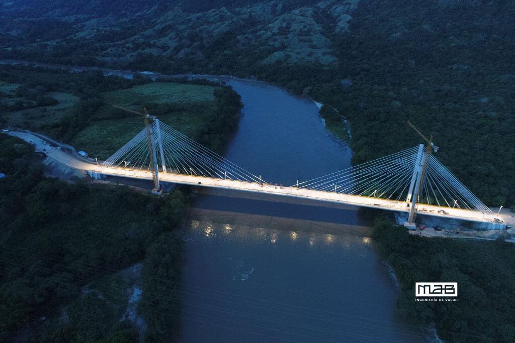 Panorámica Iluminación Nuevo Puente de Honda